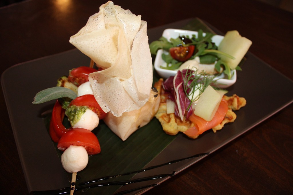 appetizer-plate-941284_1280